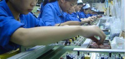 製造業の製造現場。スマートフォン・タブレット端末を活用した技術伝承が可能に!
