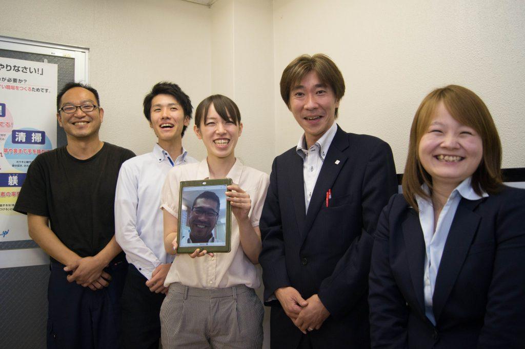 今後、業務のマニュアル化を推進する加藤さん、小針さん、陶国さん、鈴木さん、本間さん