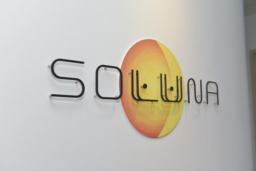 ソルナ株式会社ロゴ